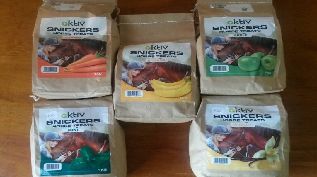 Aktiv Equine Snickers Ashy S Tack Shop